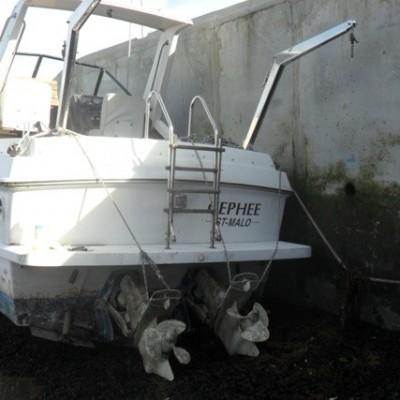 bateau moteur Coronet